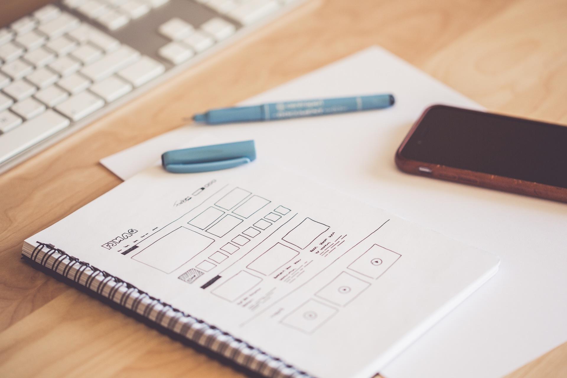 Diseño gráfico y web esbozo