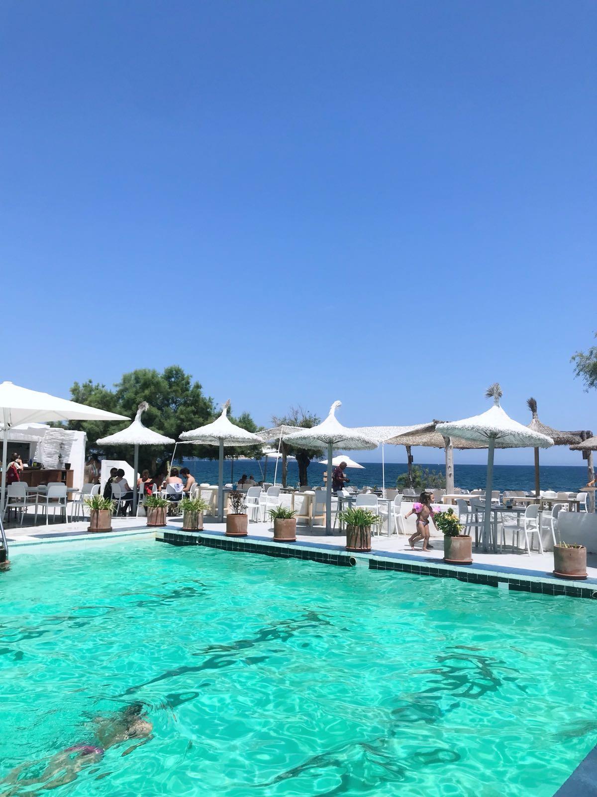 Mar y Paz can Picafort piscina agua salada